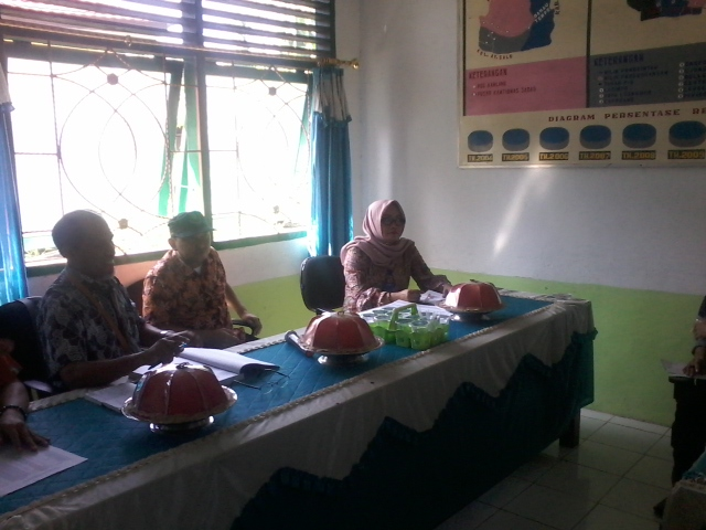 Kementerian ESDM Sosialisasikan Bantuan Untuk Nelayan Di Soppeng