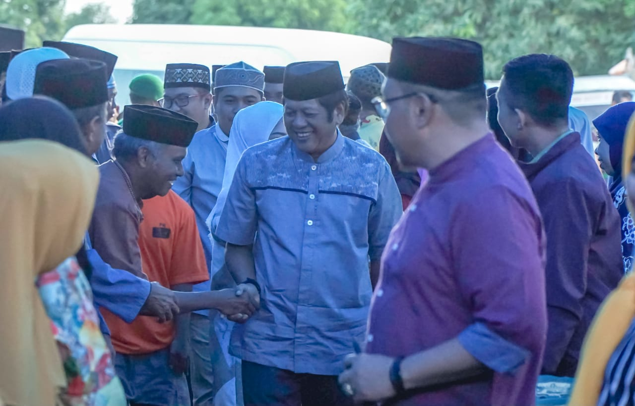 Bupati Soppeng Serahkan Bantuan Ke Pondok Pesantren Hidayatullah
