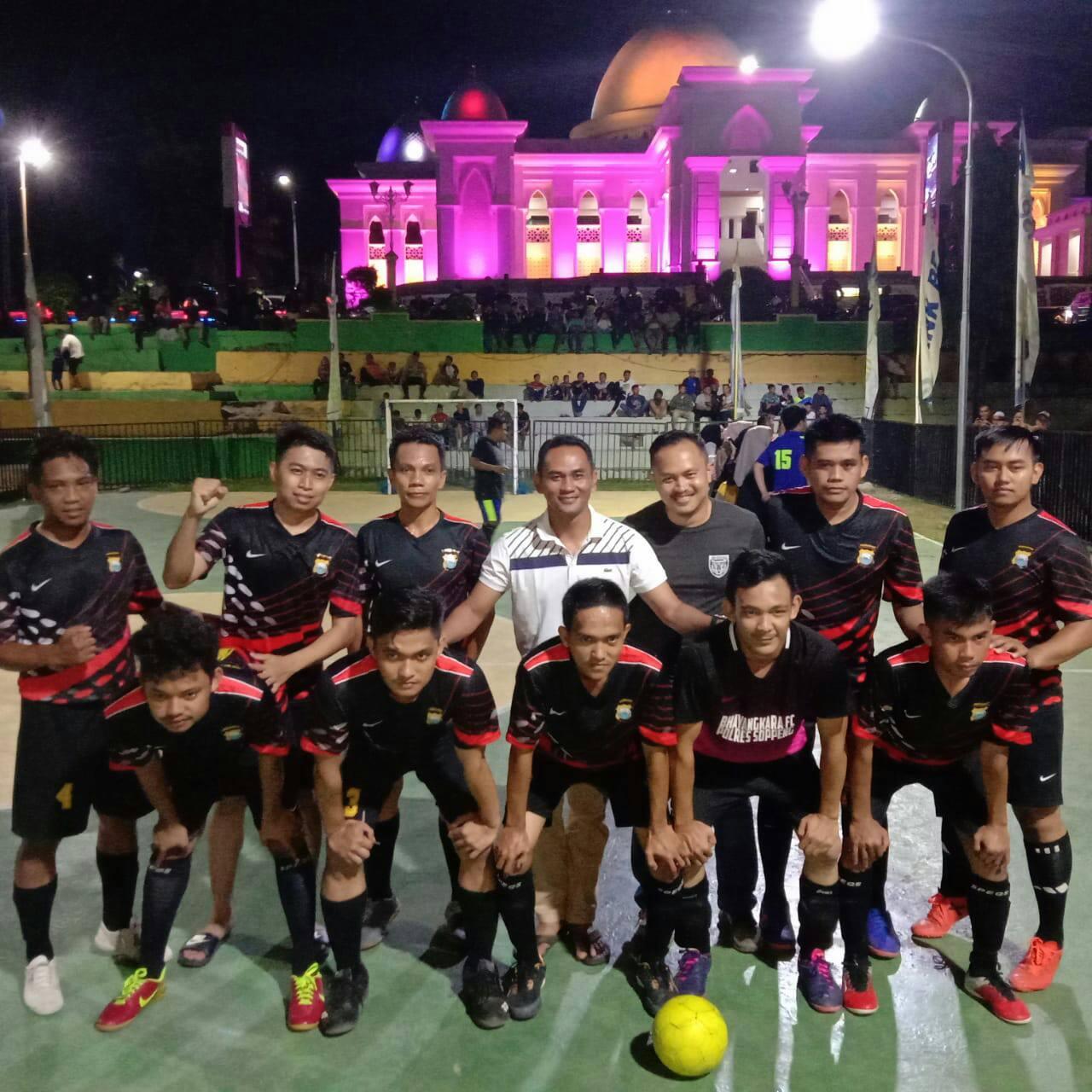 Menang Telak 7-2,Tim Futsal Polres Soppeng Melenggang Ke Semifinal
