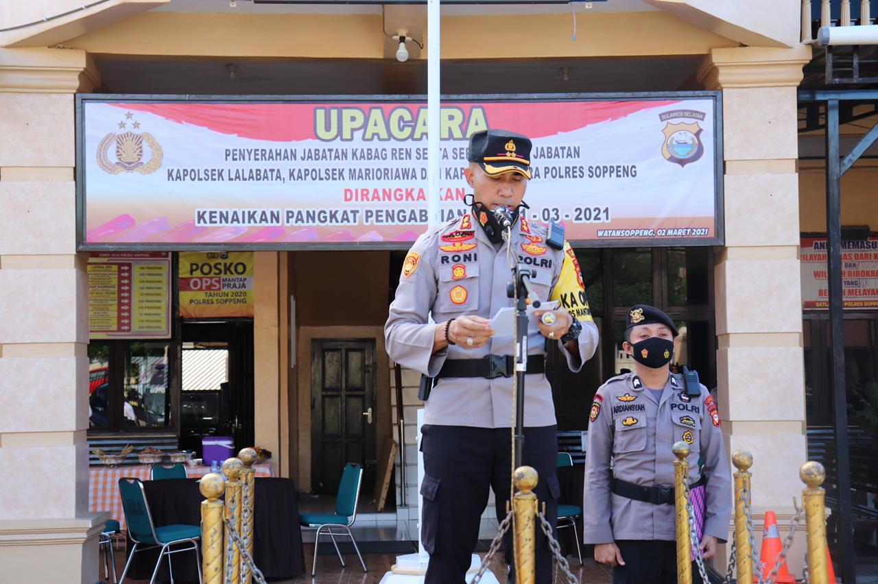 Kapolres Pimpin Upacara Sertijab Kabag Ren Polres Soppeng
