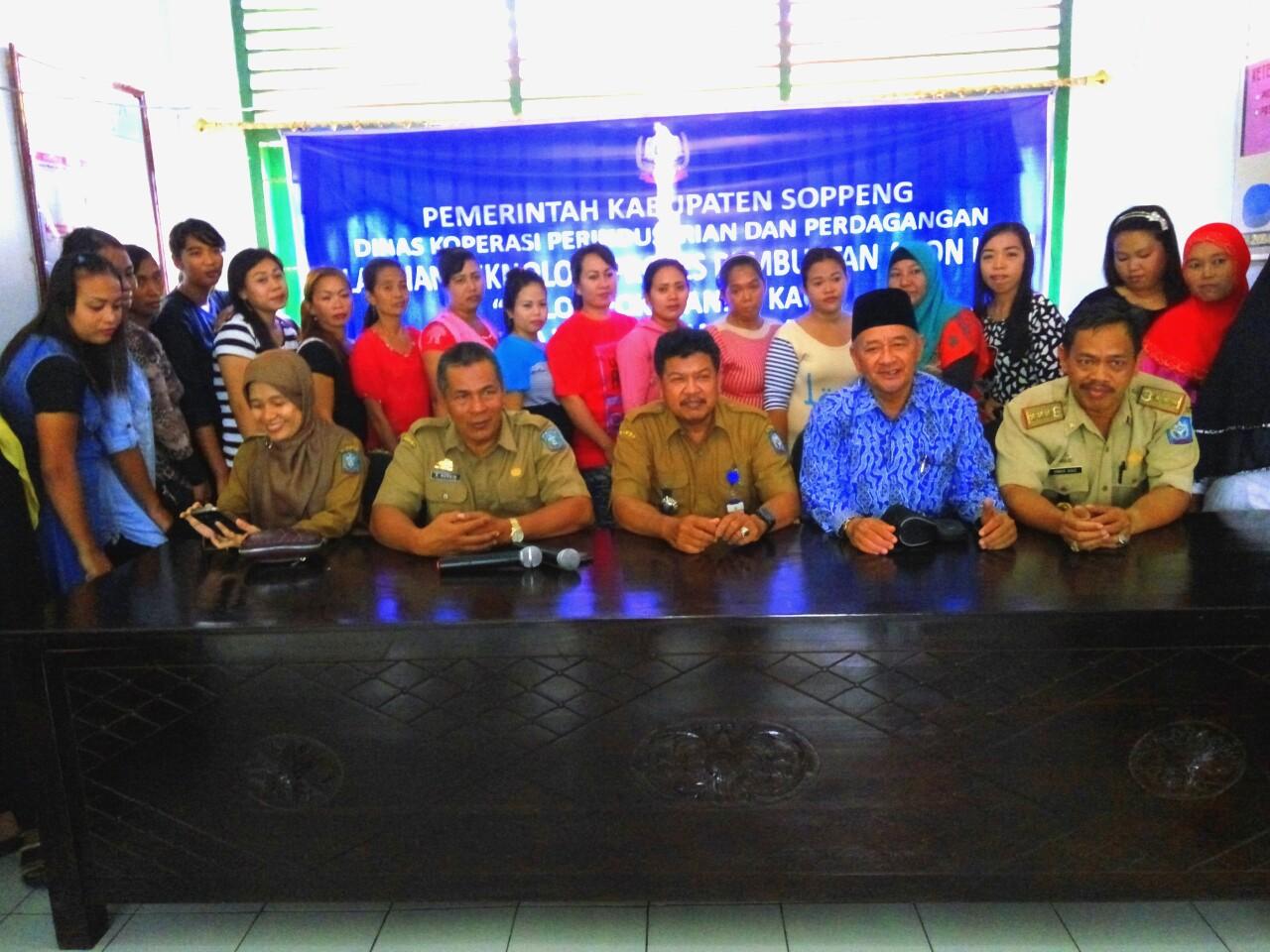 Dinas Koperindag Soppeng Latih 20 Perempuan Dari Kelurahan Kaca