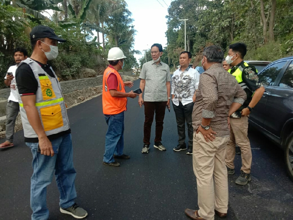Anggota Komisi D DPRD SulSel Pantau Pelaksanaan Proyek di Soppeng